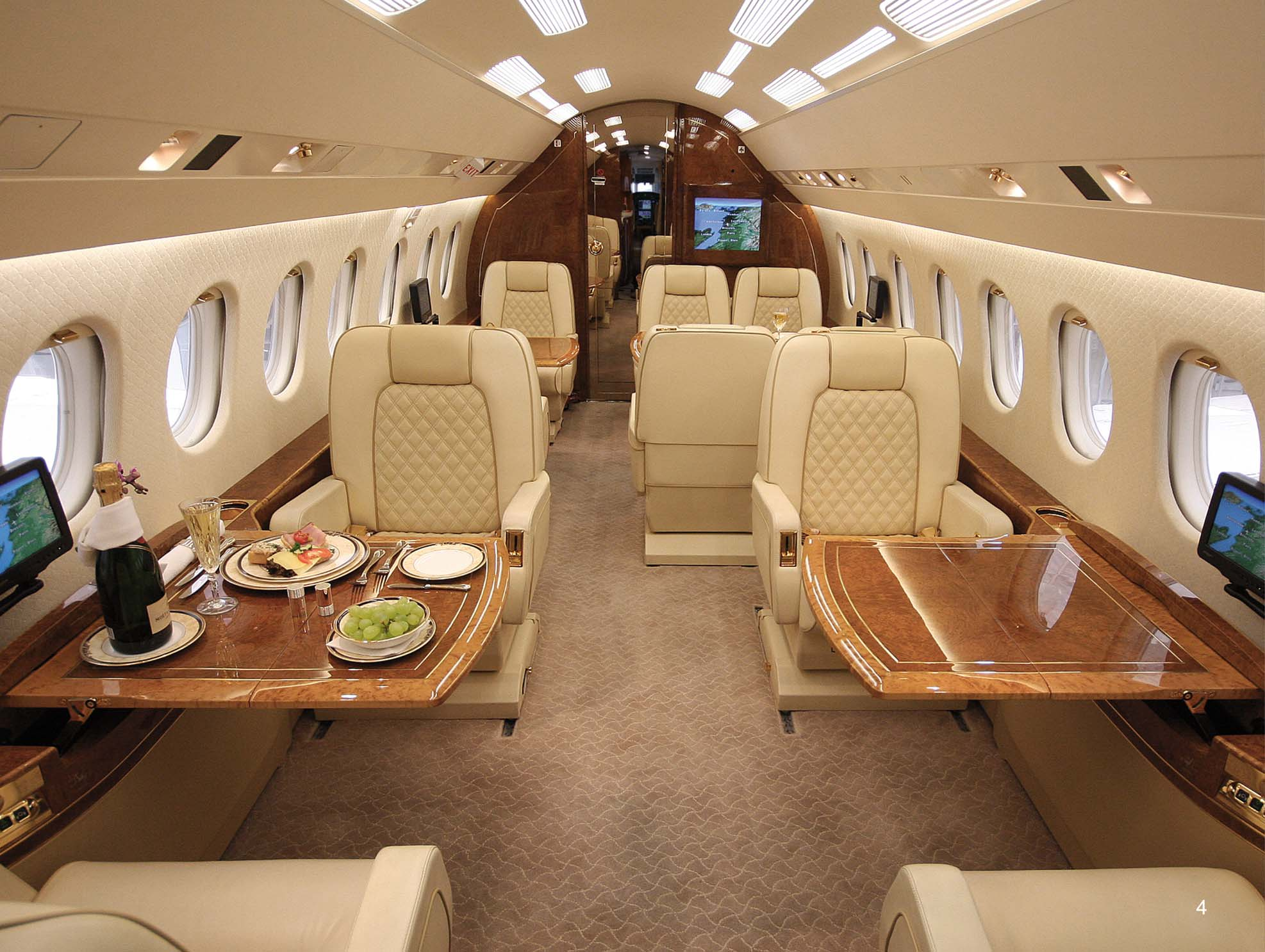 Carl Icahn Bill Ackman And Their Private Jets  CNBC Delivering Alpha